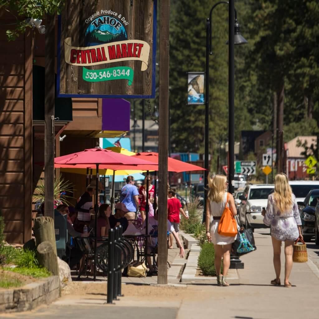 Kings Beach Streetlight Banner Program